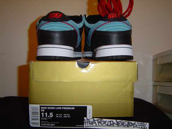 brand new 0b7c4 6d3ce Angel And Demon Dunk Low SB dunk sb low 313170 041 Nike Dunks,Nike Dunk SB,Air  Jordans,Air Force 1,Nike Dunk Low,Nike Dunk High,Authentic Nike Dunks, ...